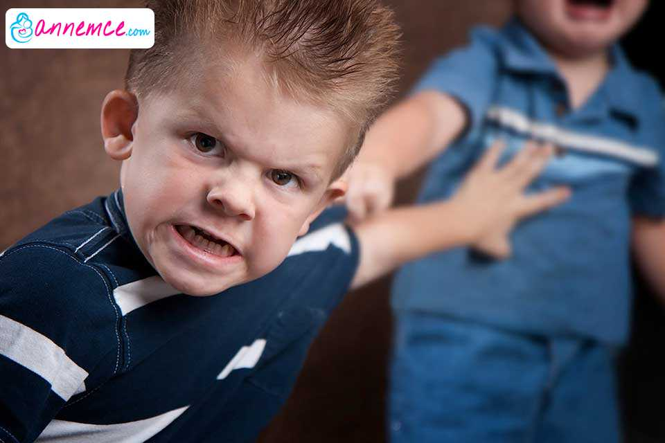 Saldırgan Çocuklar, Çaresiz Anneler ve Öfke Nöbetleri