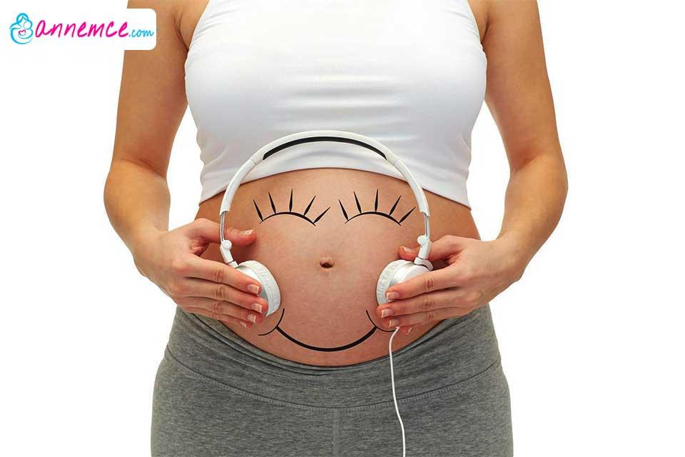 Anne Karnında Bebekle Duygusal İletişim