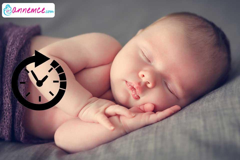 Bebeklerin Beslenme ve Uyku Düzenini Nasıl Oturturuz?