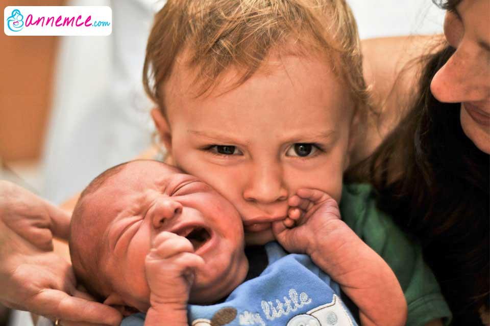Çocuğunuzu Yeni Kardeşe Nasıl Hazırlamalısınız?