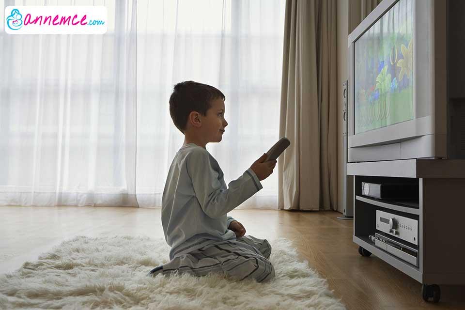 Çocuklara Televizyon İzlettirmek Zararlı Mı? Yararlı Mı?