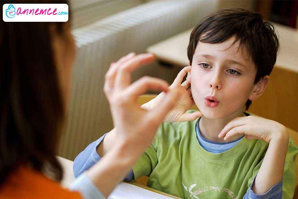 Çocuklarda Kekemelik Neden Olur? Nasıl Geçer?
