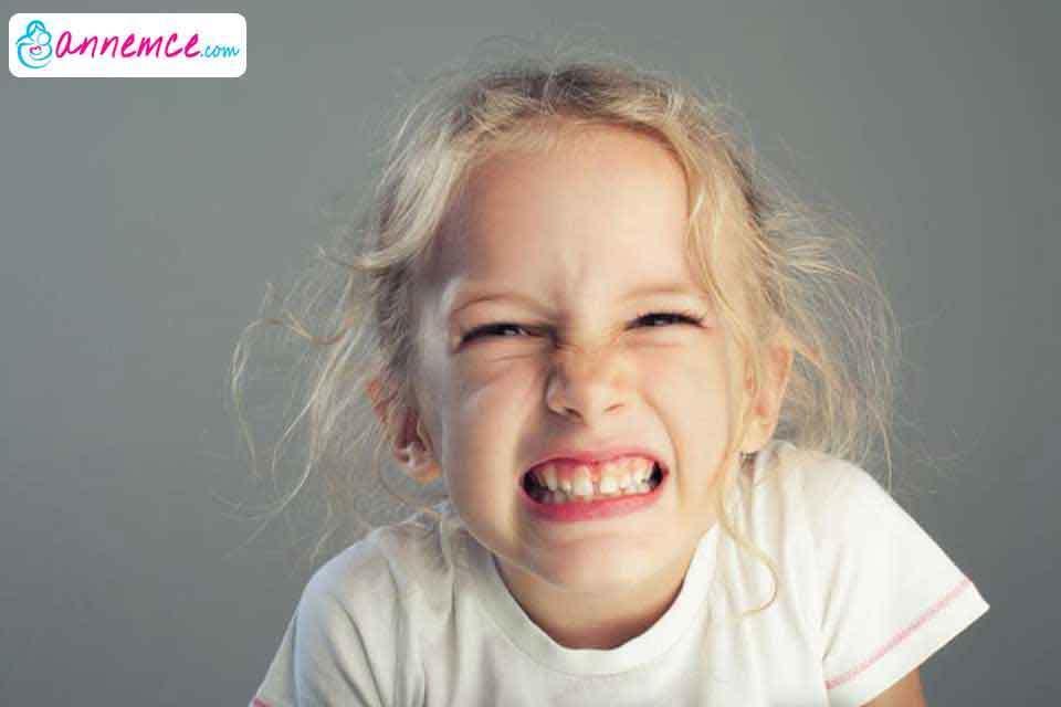 Çocuklarda Diş Gıcırdatması Neden Olur? Nasıl Geçer?