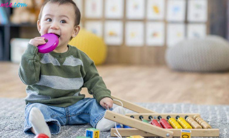 Bebeklerde Fiziksel Gelişim Sürecini Teşvik Eden Etkinlikler