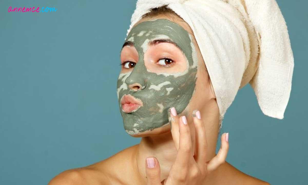 Evde Sivilce Maskesi Nasıl Yapılır?